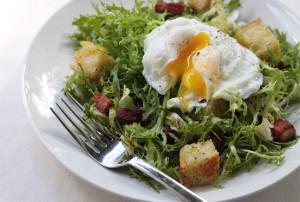 frisee_au_lardons_salad