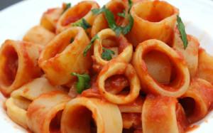 Sunday-Pasta-Calamari-con-Calamari-640-640x400