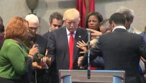 Trump_Prayer_qtp_848x480_770200131503